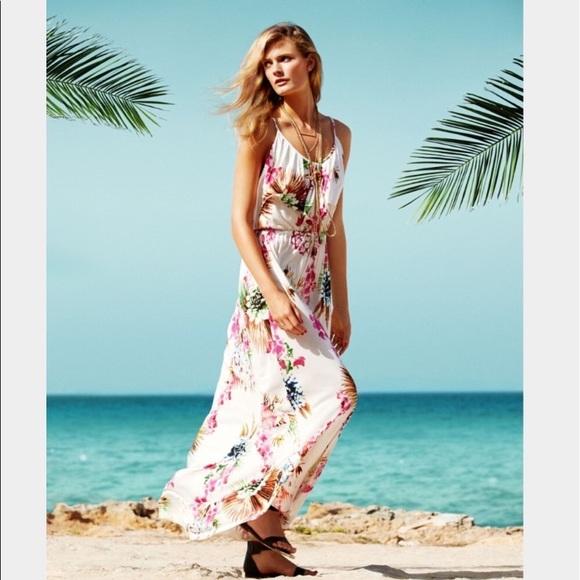 3c6d2a51d3 H M Dresses   Skirts - Tropical Floral Maxi dress